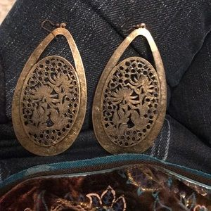 Jewelry - Unique Vintage antique intricate earrings